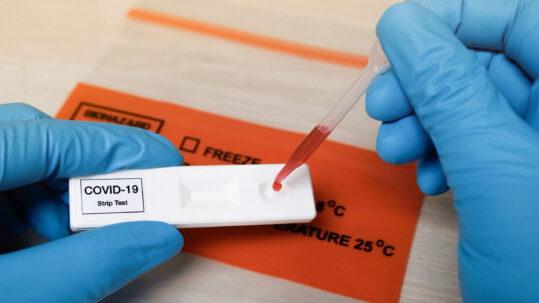 dentistas podem fazer testes de COVID-19